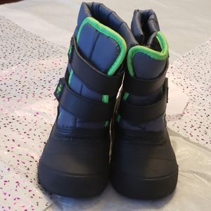 Wonder Nation winter boots for boy